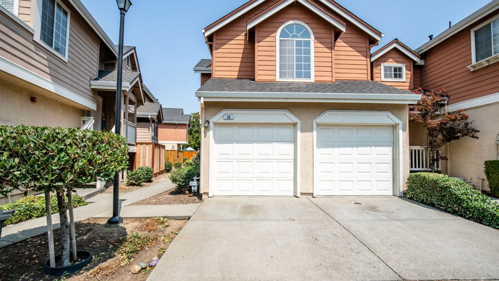 36-Manchester-Featured-Listing